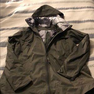 Lululemon Fo Drizzle Jacket fatigue